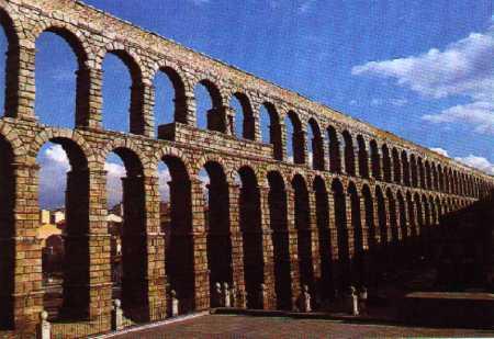 Acueducto de Segovia, completo